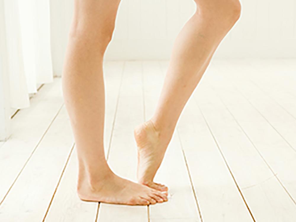 歩くのが辛くなってしまう足裏トラブルは大きな悩みに