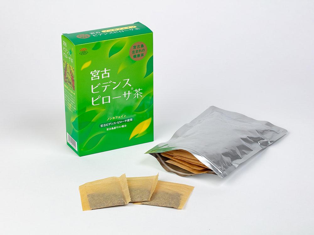 「宮古ビデンス・ピローサ®」というハーブにウコンと焙煎大麦をあわせたノンカフェインのお茶です。