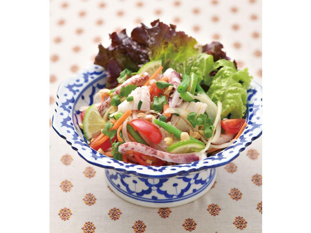 イカとインゲンのタイ風サラダ